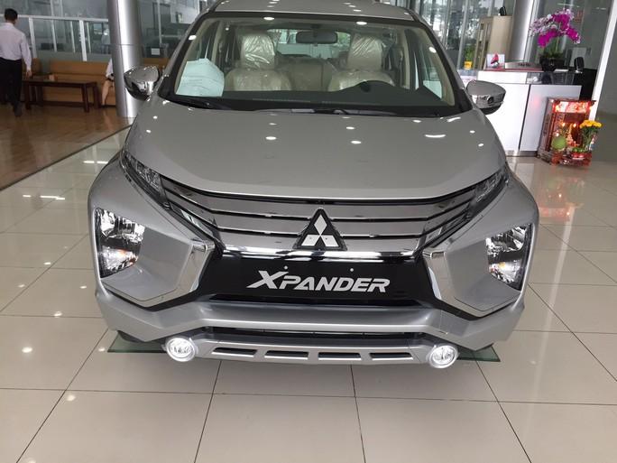 Tiêu thụ ôtô nhập khẩu nguyên chiếc tăng đến 210% - Ảnh 1.