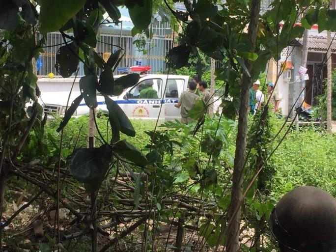 TP HCM: Công an vây bắt hàng chục người nước ngoài hoạt động lừa đảo - Ảnh 2.