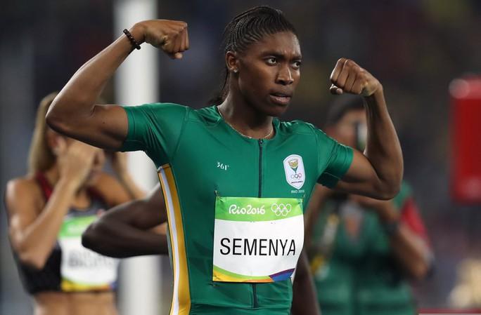Bị cấm thi đấu 800m, Caster Semenya chiến thắng cự ly 2.000m - Ảnh 1.