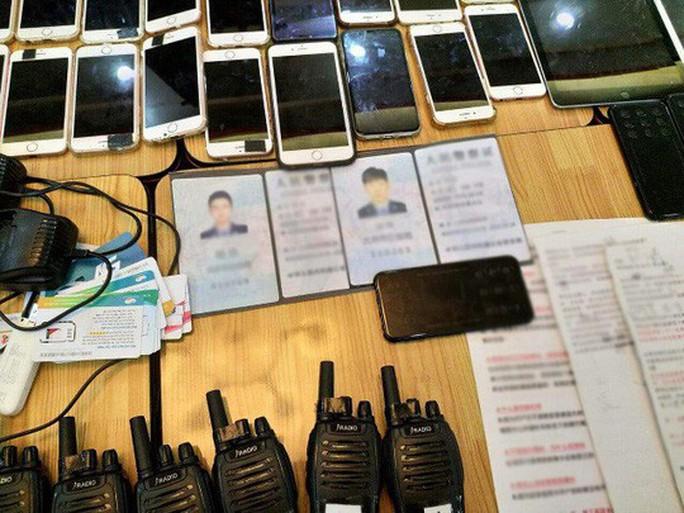 TP HCM: Công an vây bắt hàng chục người nước ngoài hoạt động lừa đảo - Ảnh 5.