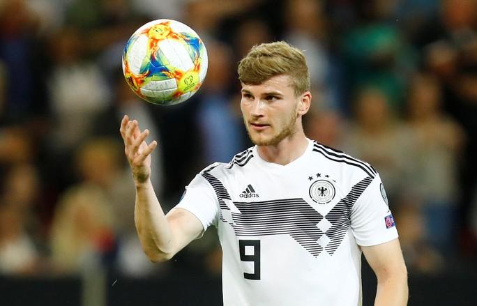 Vòng loại Euro 2020: Đại gia trút giận, cục diện ngỡ ngàng - Ảnh 8.