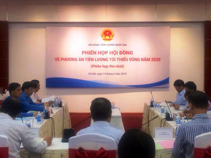 Video bên trong cuộc họp Hội đồng Tiền lương quốc gia - Ảnh 1.