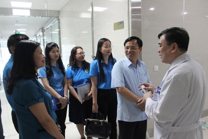 HÀ NỘI: Khám sức khỏe miễn phí cho con CNVC-LĐ - Ảnh 1.
