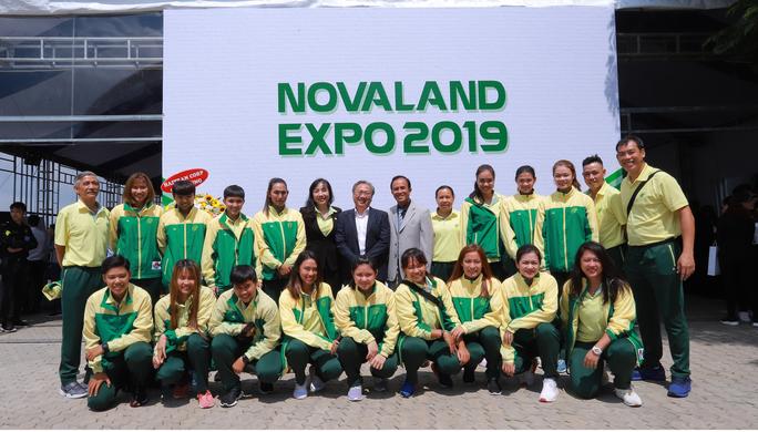 Tập đoàn Novaland tài trợ 10 tỉ đồng cho bóng rổ nữ TP HCM - Ảnh 2.