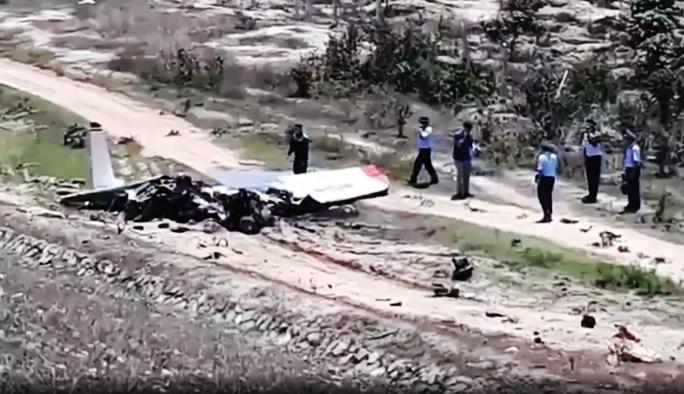 Rơi máy bay ở Khánh Hòa, 2 người thương vong - Ảnh 1.