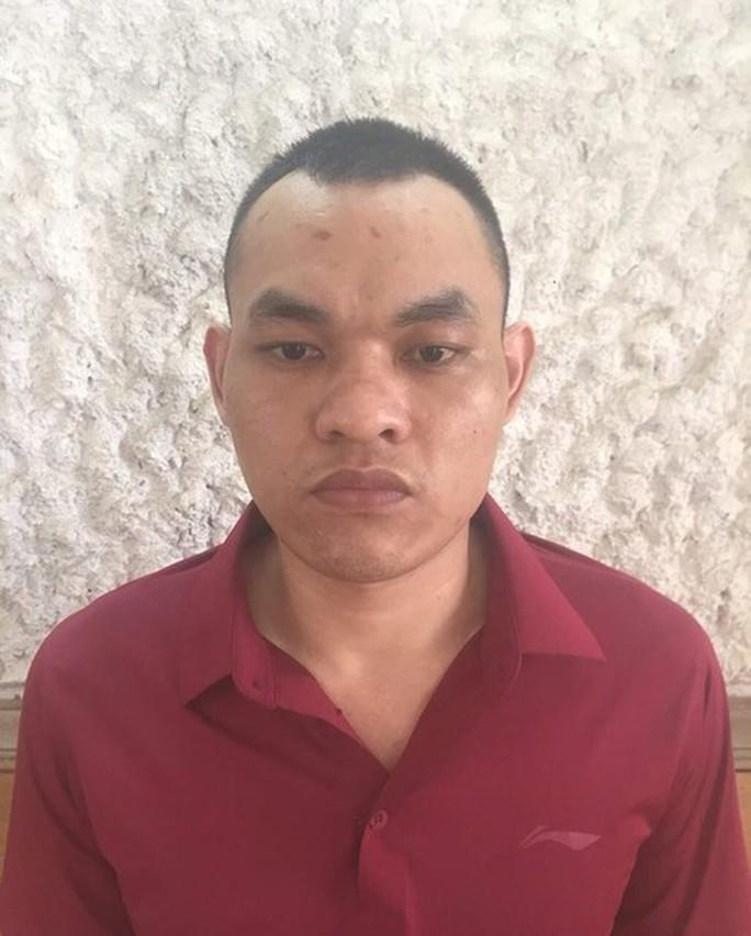 Vì sao Nguyễn Văn Dũng - kẻ nguy hiểm - đầu thú sau 5 năm gây án? - Ảnh 1.