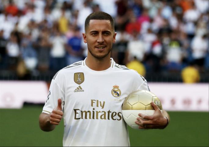 Bom tấn Hazard chào sân, 50.000 CĐV Real Madrid lên cơn sốt  - Ảnh 8.