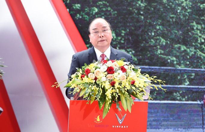 Thủ tướng dự lễ khánh thành nhà máy ôtô VinFast - Ảnh 8.