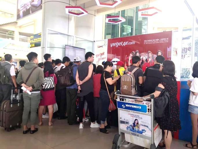 Cục Hàng không cử cán bộ vào TP HCM cùng Vietjet giải quyết tình trạng hoãn, hủy chuyến bay - Ảnh 1.