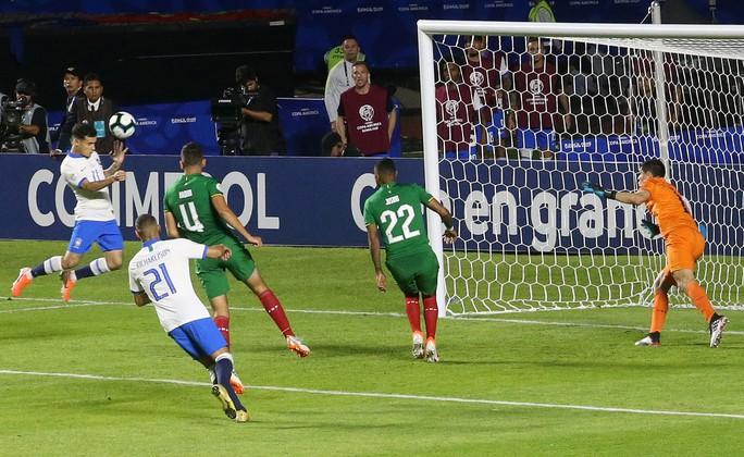 Siêu dự bị lập siêu phẩm, Brazil thắng đậm trận mở màn Copa America - Ảnh 8.