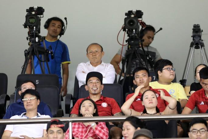 HLV Park Hang-seo chỉ ra người duy nhất của CLB TP HCM có thể đá SEA Games - Ảnh 1.