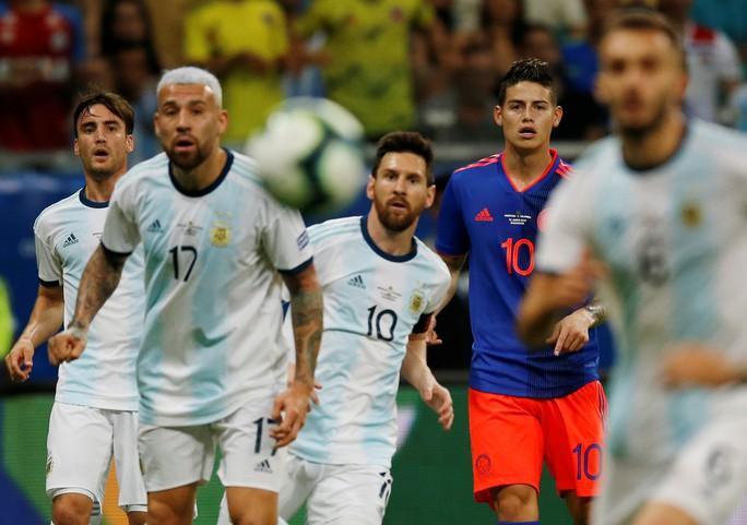 Đánh bại Messi, James Rodriguez tìm lại vị thế - Ảnh 3.