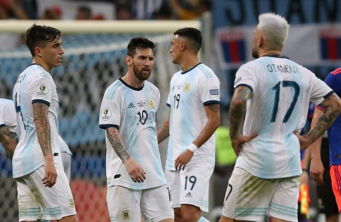 Dân mạng tức giận châm biếm thất bại của Messi - Ảnh 4.