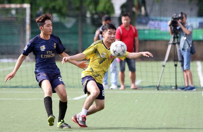 HLV Trần Minh Chiến tiếp lửa cho giải phong trào Be Champions League 2019 - Ảnh 1.