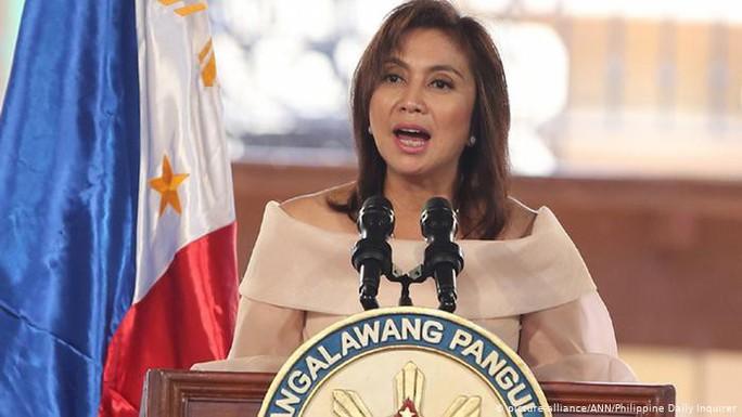 Phó TT Philippines yêu cầu đưa thủy thủ đoàn Trung Quốc ra xét xử - Ảnh 1.