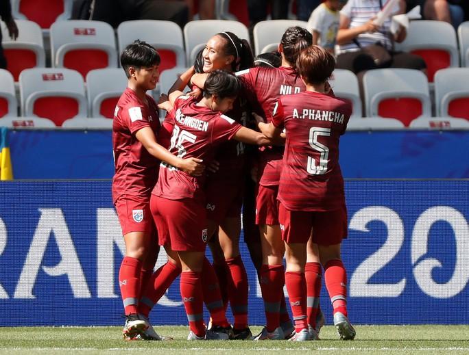 Thái Lan tiếp tục thảm bại, sớm bị loại khỏi World Cup nữ 2019 - Ảnh 3.