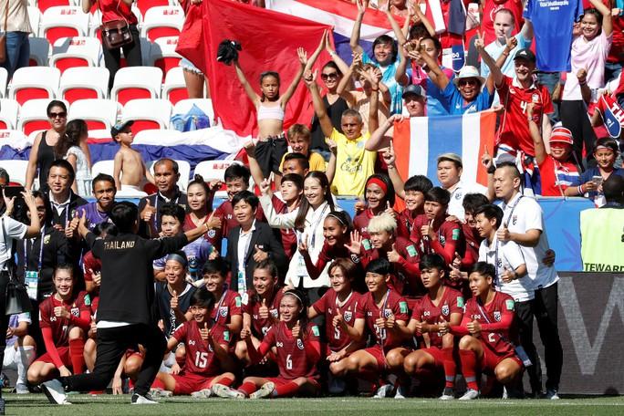 Thái Lan tiếp tục thảm bại, sớm bị loại khỏi World Cup nữ 2019 - Ảnh 5.