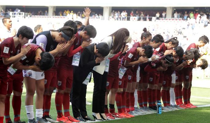 Thái Lan tiếp tục thảm bại, sớm bị loại khỏi World Cup nữ 2019 - Ảnh 6.