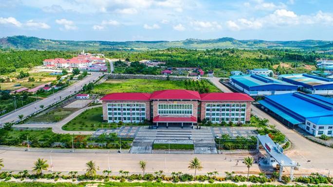 Mỹ phạt các công ty chuyển hàng Trung Quốc qua Campuchia trốn thuế - Ảnh 1.