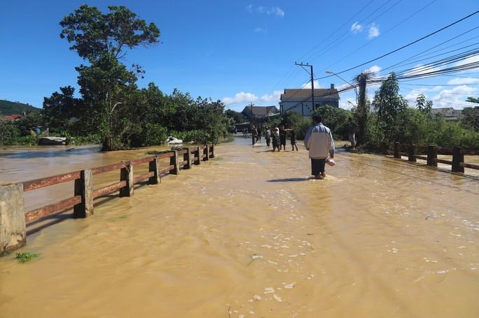 Lũ quét kinh hoàng tại TP Bảo Lộc, tỉnh Lâm Đồng - Ảnh 1.