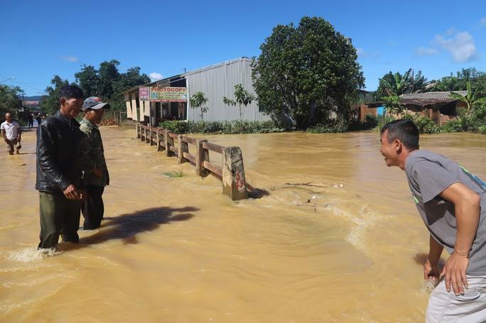 Lũ quét kinh hoàng tại TP Bảo Lộc, tỉnh Lâm Đồng - Ảnh 5.