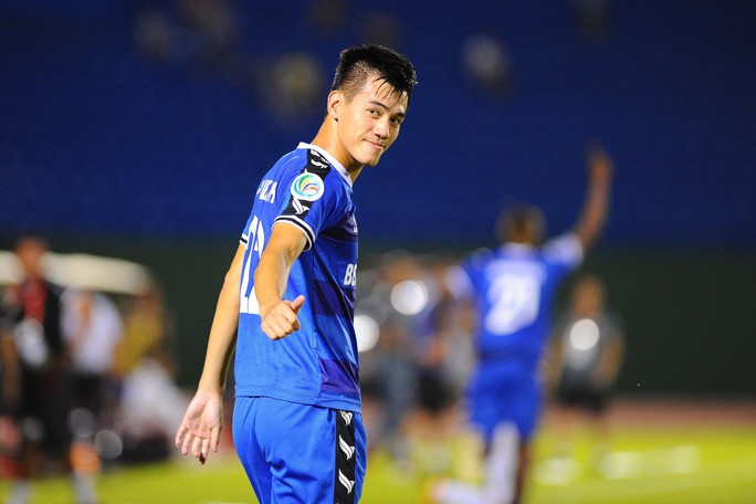 Bị đuổi người, B.Bình Dương vẫn thắng bán kết lượt đi AFC Cup - khu vực Đông Nam Á - Ảnh 2.