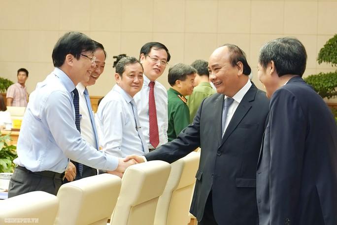 Thủ tướng Nguyễn Xuân Phúc: Chính phủ sẽ tạo cơ chế để báo chí phát triển - Ảnh 1.