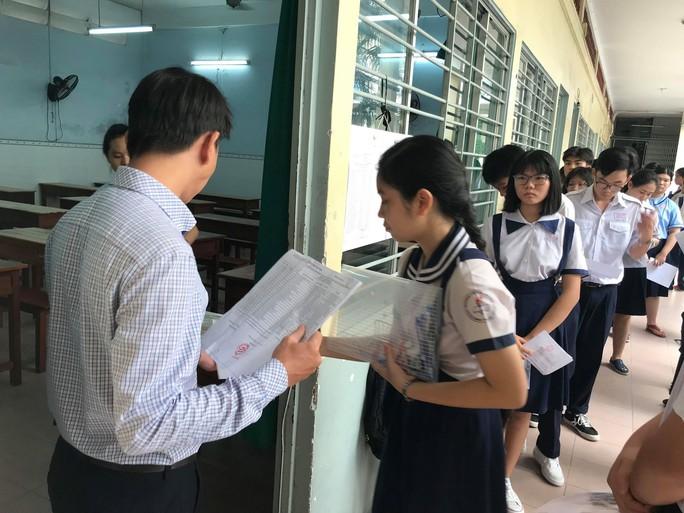 Tuyển sinh lớp 10: Những học sinh nào được cộng điểm ưu tiên? - Ảnh 1.