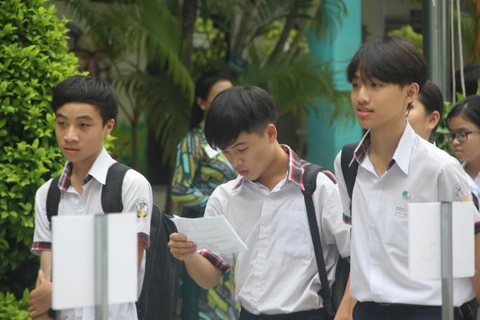 TP HCM: Công bố đáp án môn thi tuyển sinh lớp 10 - Ảnh 1.