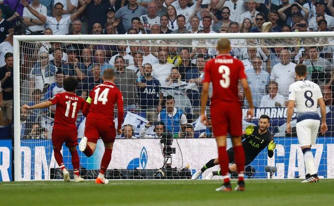 Hai phen bắn hạ Tottenham, Liverpool lên đỉnh châu Âu - Ảnh 2.