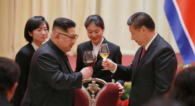 Chủ tịch Tập Cận Bình thăm chính thức Triều Tiên - Ảnh 1.
