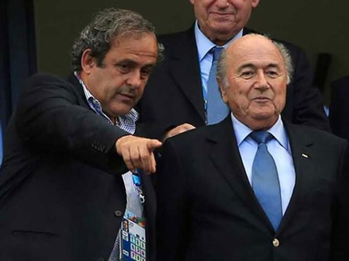 Nghi vấn phiếu bầu World Cup 2022: Blatter - Platini, từ đồng minh đến thù địch - Ảnh 1.