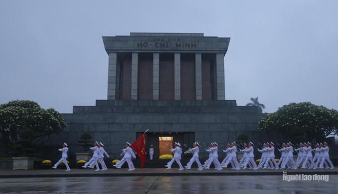 Lập hội đồng kiểm tra, đánh giá trạng thái thi hài Chủ tịch Hồ Chí Minh - Ảnh 1.
