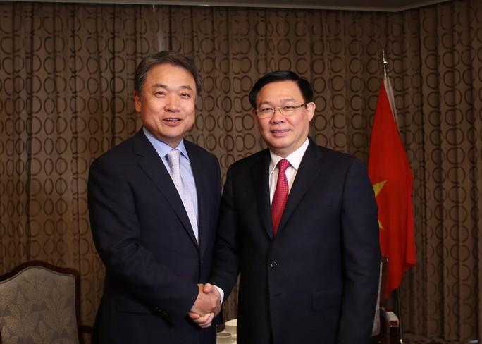 Đề nghị tập đoàn Hàn Quốc mua lại ngân hàng Ocean Bank, GPBank, CBBank...  - Ảnh 2.