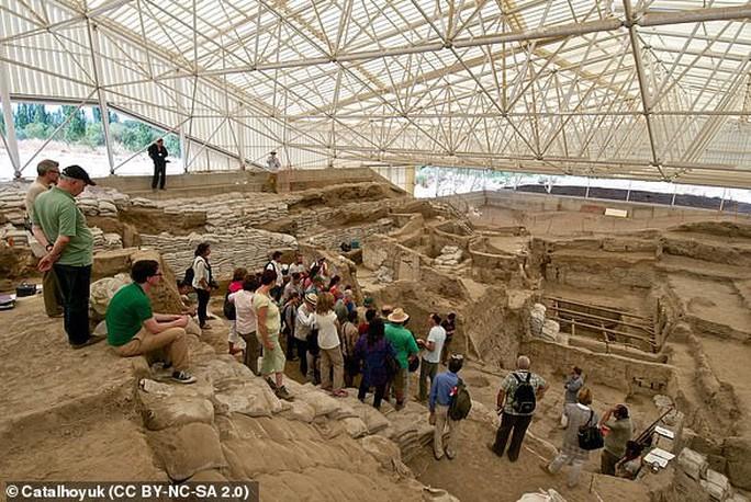 Hài cốt 9.000 năm tiết lộ lời nguyền thành phố cổ - Ảnh 4.