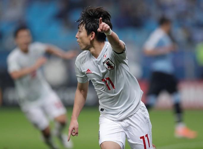 Uruguay ngược dòng, Nhật Bản chia điểm tiếc nuối - Ảnh 2.