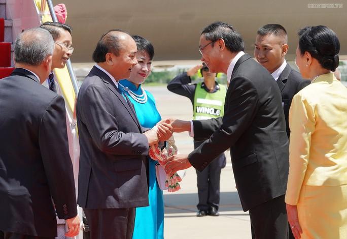 Thủ tướng đến Thái Lan dự Hội nghị ASEAN lần thứ 34 - Ảnh 2.