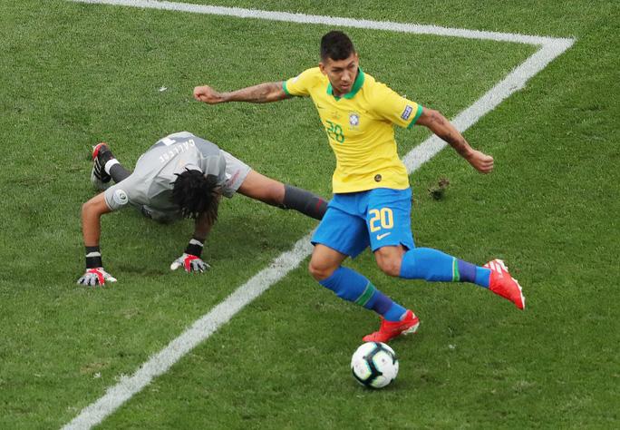 Đè bẹp Peru, Brazil ung dung đoạt vé tứ kết Copa America - Ảnh 4.
