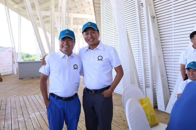 """Sôi nổi Giải Golf hữu nghị """"Việt Nam và những người bạn 2019"""" - Ảnh 3."""