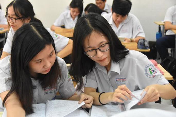 Hơn 887.000 thí sinh làm thủ tục dự thi THPT quốc gia - Ảnh 1.