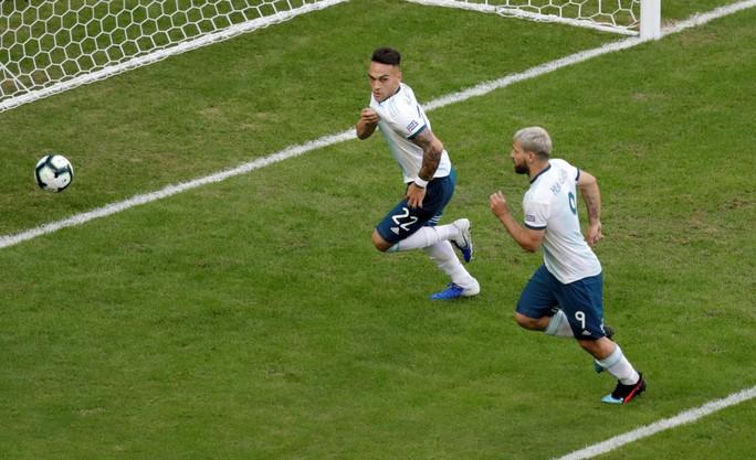 Loại nhà vô địch châu Á, Argentina giành vé tứ kết Copa America - Ảnh 3.