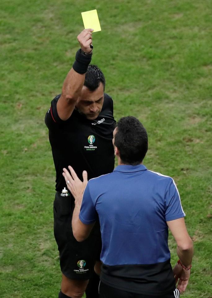Loại nhà vô địch châu Á, Argentina giành vé tứ kết Copa America - Ảnh 5.