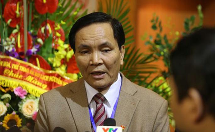 VFF: Ông Cấn Văn Nghĩa từ chức không ảnh hưởng lớn - Ảnh 1.
