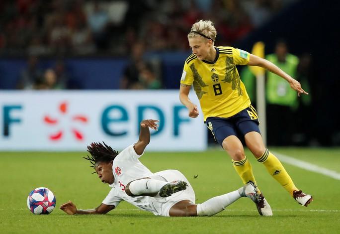Hai quả penalty giúp Mỹ đánh bại Tây Ban Nha - Ảnh 5.
