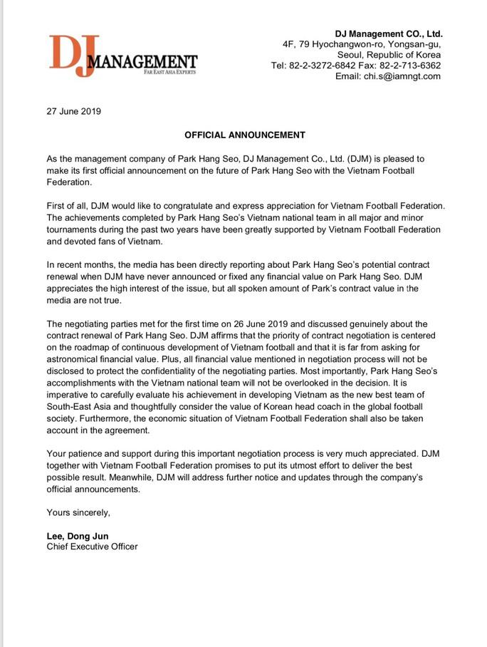 Người đại diện gửi thư phủ nhận thổi giá HLV Park Hang-seo - Ảnh 1.