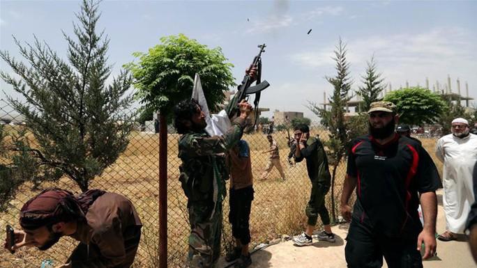 Thổ Nhĩ Kỳ phát động tấn công vào lãnh thổ Syria - Ảnh 1.