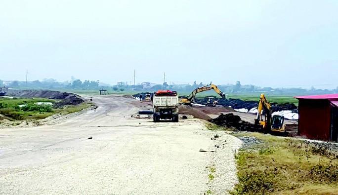 Dự án đường cao tốc Bắc - Nam: Cuộc đua nhà đầu tư nội - ngoại - Ảnh 1.