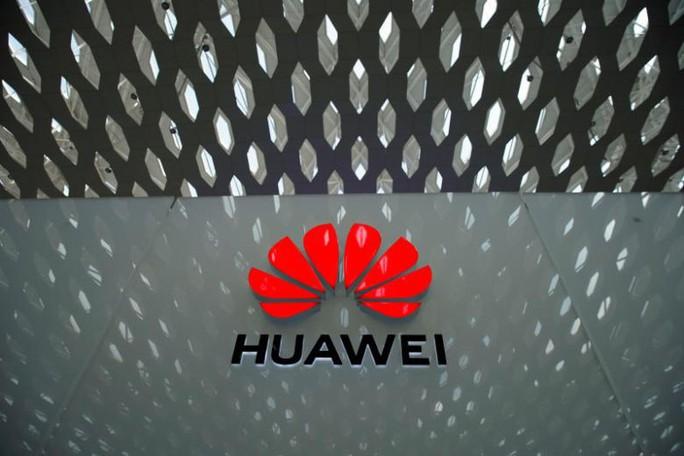 Ông Trump cho phép Huawei mua sản phẩm từ công ty Mỹ - Ảnh 1.