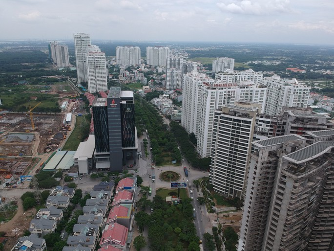 Hiệp hội bất động sản TP HCM kể hàng loạt khó khăn về thủ tục  - Ảnh 1.