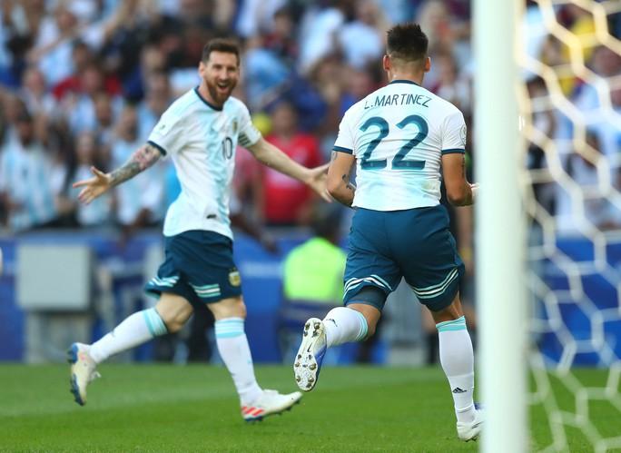 Đánh bại Venezuela, Argentina chờ siêu kinh điển Nam Mỹ ở bán kết - Ảnh 9.
